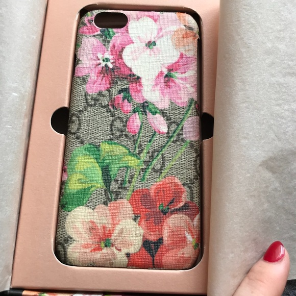 more photos 87e5a c7d8f Authentic flower GUCCI iPhone 6/6s case! For sale